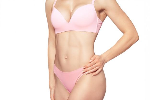 Mooi slank vrouwenlichaam Premium Foto