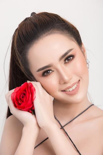Mooi vrouwengezicht Gratis Foto
