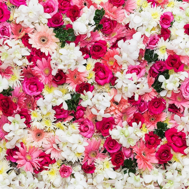 Mooie bloemenachtergrond voor huwelijksscène Premium Foto
