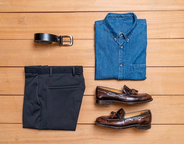 Mooie casual mannen mode en kleding set Premium Foto