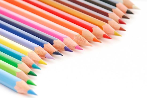 Mooie compositie van kleurpotloden Gratis Foto