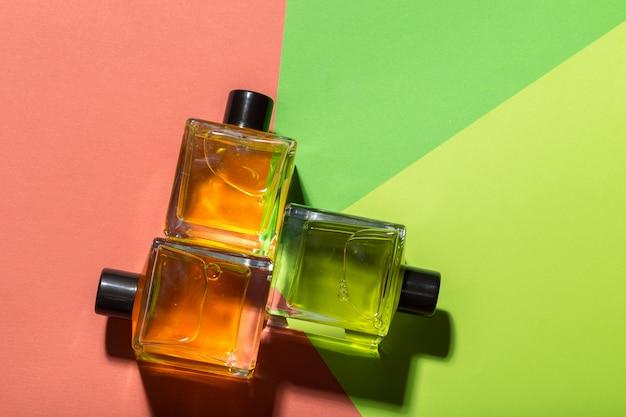 Mooie fles parfum Premium Foto