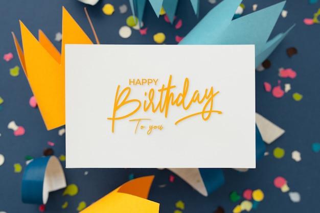 Mooie kleurrijke achtergrond om verjaardag te feliciteren Gratis Foto