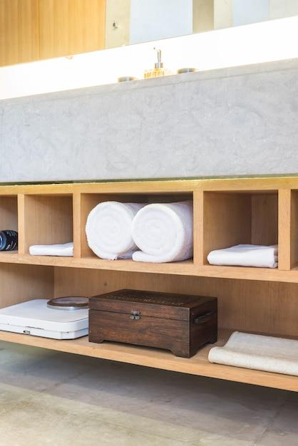 Mooie luxe badkamer en toiley interieur Gratis Foto