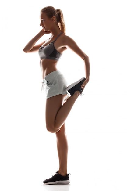Mooie sportieve vrouw opleiding Gratis Foto