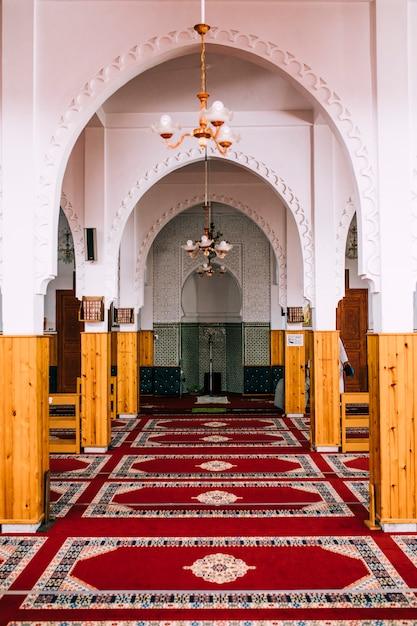 Moskee van binnenuit Gratis Foto