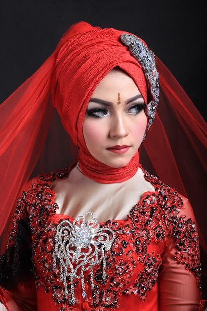 Moslim make-up en mode bruiloft Premium Foto