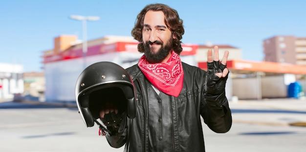 Motorrijder met een aftellende helm Premium Foto
