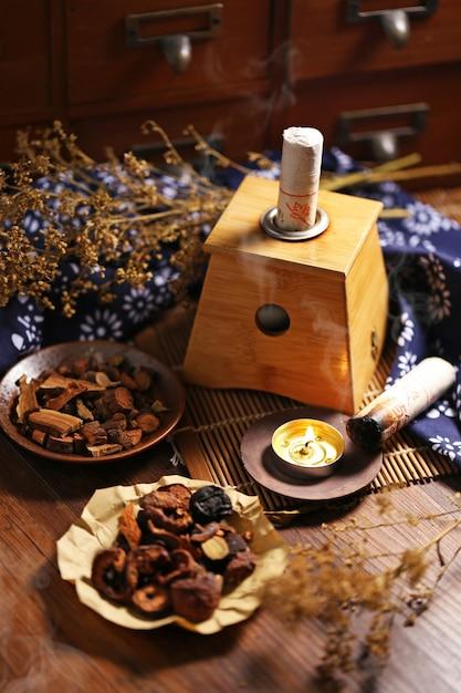 Moxibustion chinese geneeskunde Gratis Foto