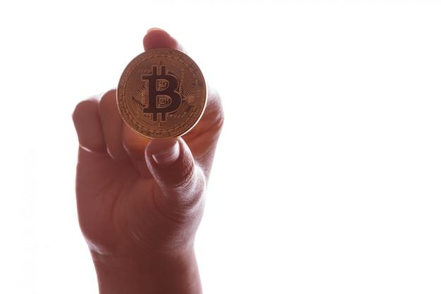 Munt bitcoin btc in de hand Premium Foto