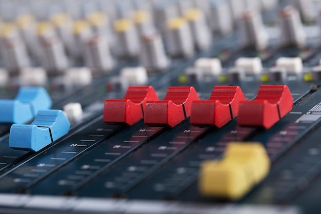 Muziek mixer consol Premium Foto