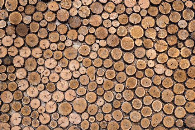 Natuurlijke houten logboekenachtergrond Premium Foto