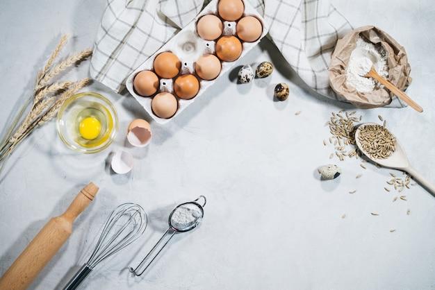 Natuurlijke ingrediënten voor het bakken Premium Foto