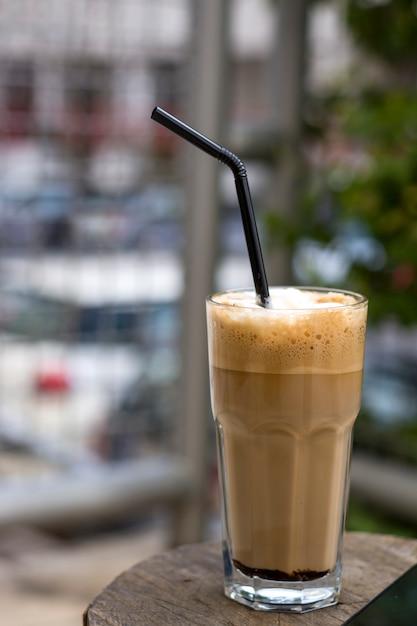 Nes-koffie op uitstekende lijst Premium Foto