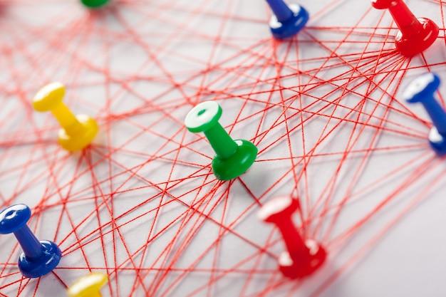 Netwerk met pinnen Premium Foto