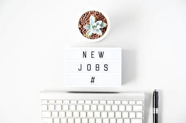 Nieuwe banen van business concept plat leggen, minimale stijl Premium Foto