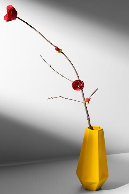 Nieuwjaar chinees 2021 gouden vaas en bloem Gratis Foto