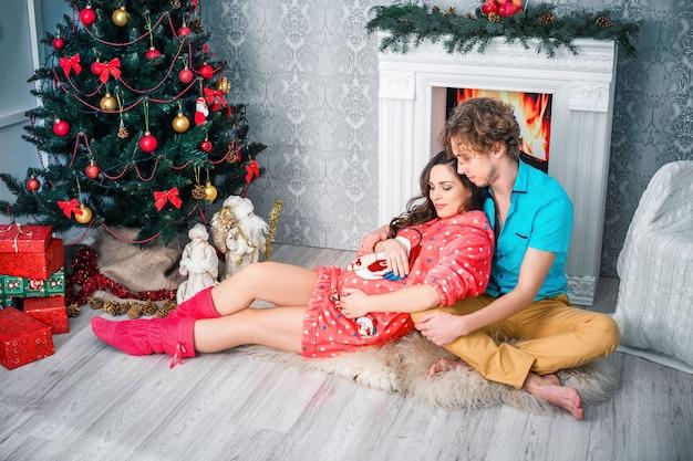 Nieuwjaar en kerstmis in de familiekring Premium Foto