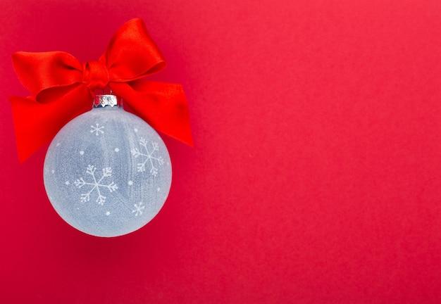 Nieuwjaar, kerstmis met blauwe kerstballen Premium Foto