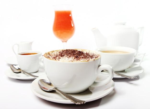 Ontbijttafel met drankjes Gratis Foto