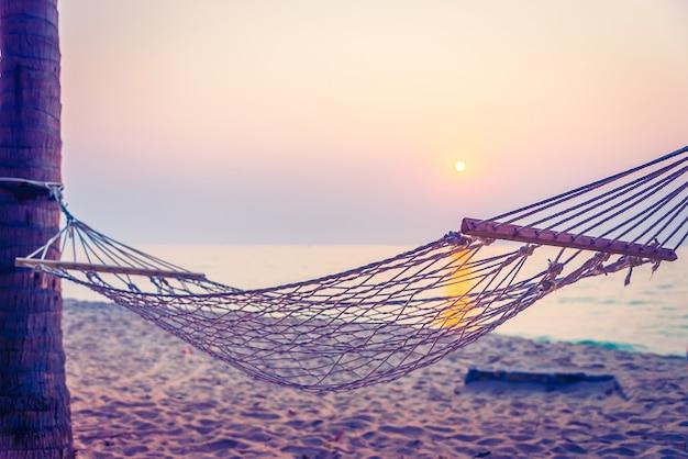Ontspanning avondzon swing oceaan Gratis Foto