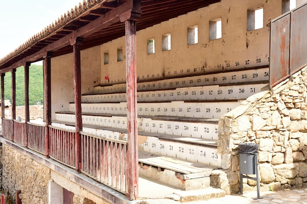 Oude arena van san martin del castañar, provincie salamanca, castilië en leon, spanje Premium Foto