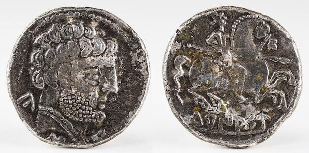 Oude turiaso iberische spanje zilveren denarius. Premium Foto