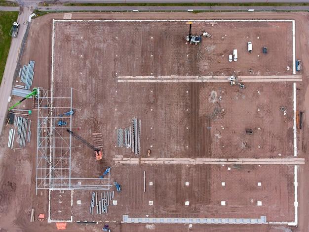 Overhead schot van bouwplaats van een pakhuis Gratis Foto