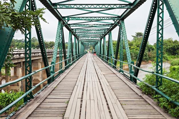 Pai memorial bridge Premium Foto
