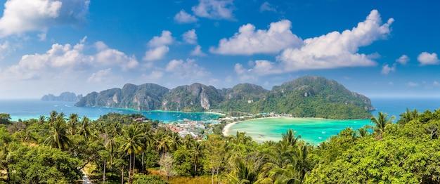 Panorama van phi phi don-eiland, thailand Premium Foto