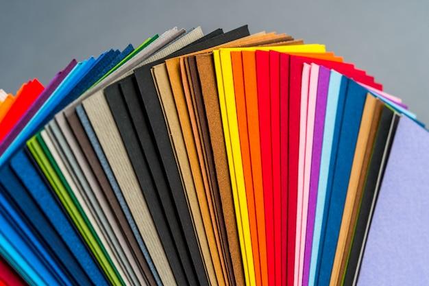 Papieren kleurstalen Premium Foto