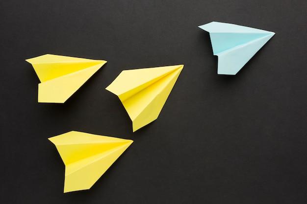 Papieren vliegtuig collectie Gratis Foto