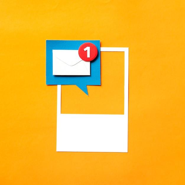 Papierkunst van inbox-melding Gratis Foto