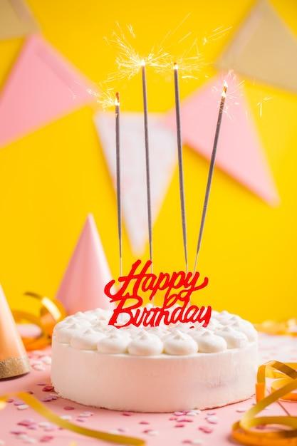 Partij verjaardag concept met taart Premium Foto