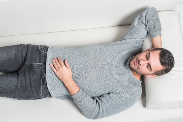 Patiënt op een divan Premium Foto