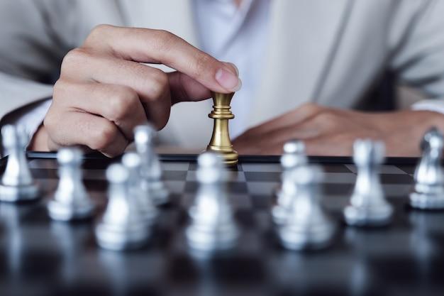 Persoon schaken Premium Foto
