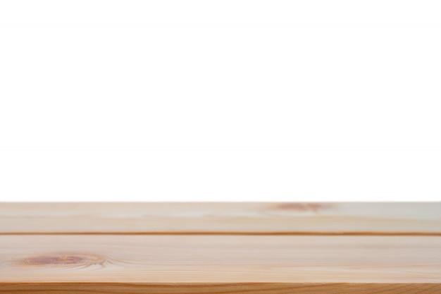 Perspectief lege bruine houten tafel met witte achtergrond inclusief uitknippad voor product. Premium Foto