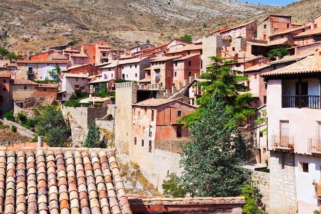 Pittoreske residentiële huizen in albarracin Gratis Foto