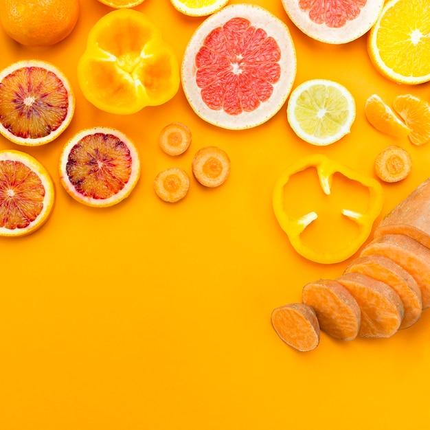 Plakjes citrusfruit plat Gratis Foto