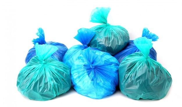 Plastic zak geïsoleerd op een witte achtergrond in de studio. Premium Foto