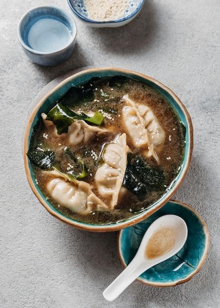 Plat lag japans maaltijdassortiment Gratis Foto