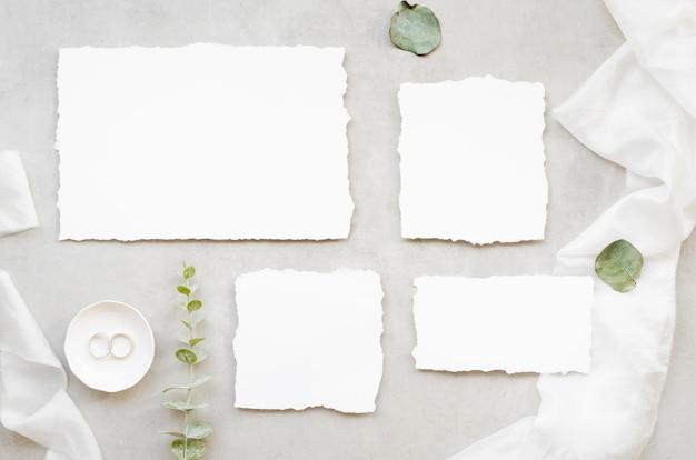 Plat lag minimalistische bruiloft uitnodiging Gratis Foto