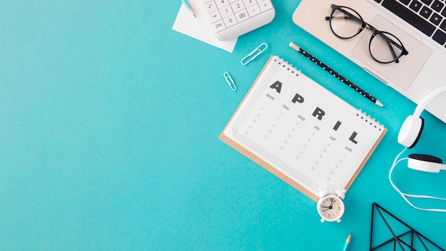 Plat leggen kalender kopie ruimte Gratis Foto