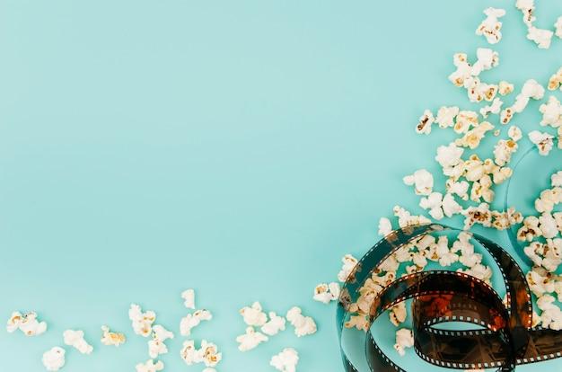 Plat leggen van bioscoop elementen met copyspace Gratis Foto