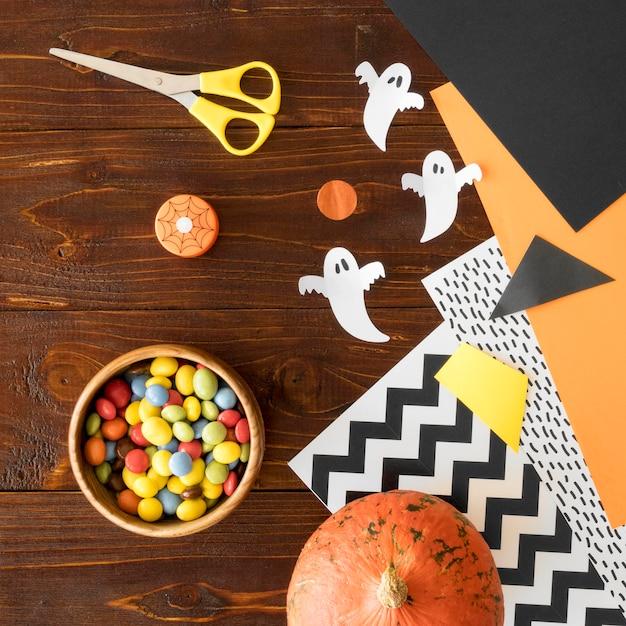Plat leggen van halloween arrangementen concept Gratis Foto