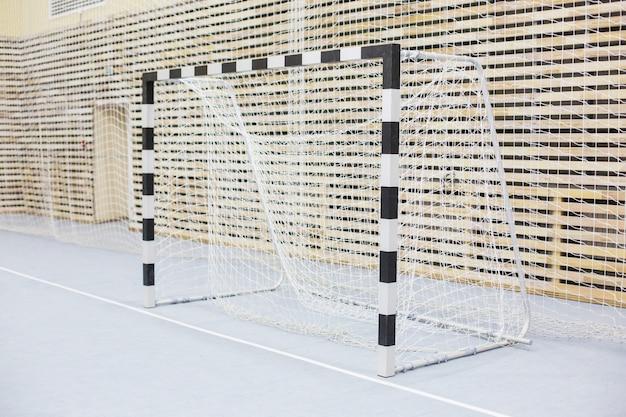 Poorten voor minivoetbal. zaal voor handbal Premium Foto
