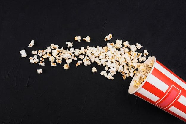 Popcorn achtergrond voor bioscoop concept Gratis Foto