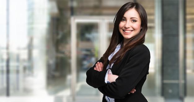 Portret van een jonge mooie zakenvrouw Premium Foto