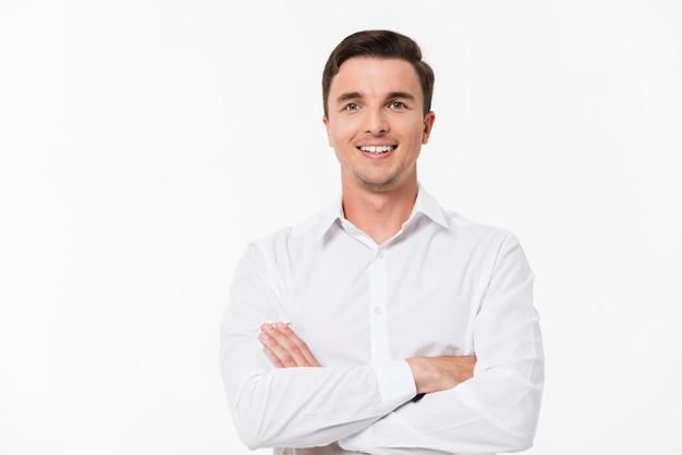 Portret van een man in een wit overhemd Gratis Foto