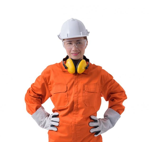 Portret van een vrouwenarbeider in werktuigkundige jumpsuit die op witte achtergrond wordt geïsoleerd Premium Foto